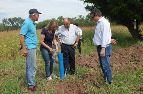 Obras para proveer de agua de perforación a la comunidad de Las Tolderías