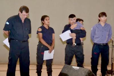 Reconocimiento del Municipio de Charata a los Bomberos Voluntarios.