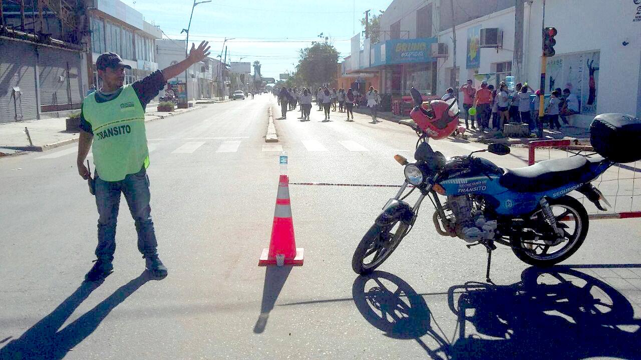 Agente de Tránsito de la Municipalidad de Charata