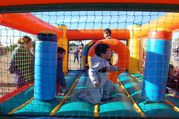 Atividades en los barrios de Charata por el mes del niño