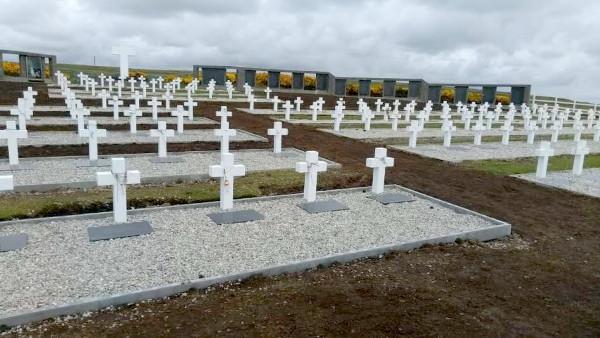 Macri recibirá a los familiares de los soldados caídos en Malvinas