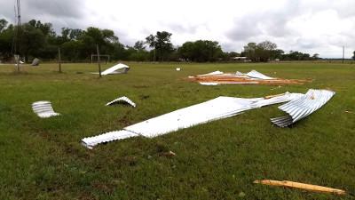 Destrozo en escuela de Pampa Sommer