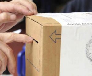 Elecciones con inicio en horario en Charata