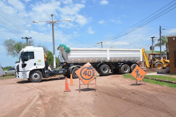 Pavimentación de la calle Bielsa en Charata por sistema esfuerzo compartido